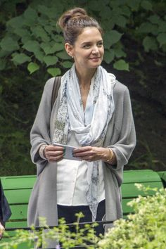 Katie Holmes and Patrick Stewart - Film a Scene in a Park in Montreal - Celebrity Nude Leaked! Patrick Stewart, Katie Holmes, Celebrity Photos, Montreal, Scarves, Scene, Nude, Photo And Video, Park
