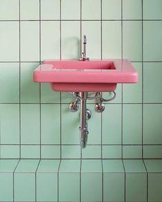 Home Decor Bathroom Interior Architect Tekla Evelina Severin Has a Way With Colour.Home Decor Bathroom Interior Architect Tekla Evelina Severin Has a Way With Colour Green Bathroom Decor, Bathroom Colors, Bathroom Interior, Bathroom Ideas, Bathroom Wall, Pastel Bathroom, Mint Bathroom, Colorful Bathroom, Boho Bathroom