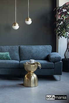 Check the amazing possibilities for your next furniture piece at Sofamania. A wide range of sofas, sectionals, accent chairs, bedroom furniture and more, at an incredible price. Free shipping on all orders and always running a crazy promotion. Sofamania.com