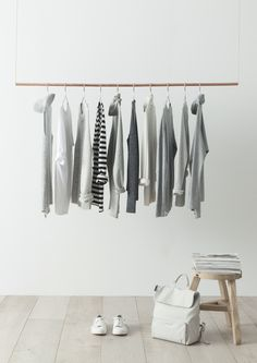 Basic white and grey minimalist wardrobe Chic Minimalista, Minimalist Closet, Minimalist Baby, Interior And Exterior, Interior Design, Deco Design, Dressing Room, Wardrobe Rack, Hanging Wardrobe