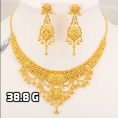 Different Types Of Earrings To Wear Rhinestone Jewelry, Bridal Jewelry, Gold Jewelry, Jewellery Box, Gold Necklace Simple, Necklace Set, Gold Necklaces, Gold Earrings, Pearl Necklace