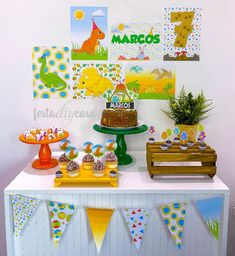 Dinasour Birthday, Dinosaur Birthday Party, Boy Birthday Parties, 3rd Birthday, Die Dinos Baby, Baby Dinosaurs, Dinosaur Template, Super Party, Party In A Box