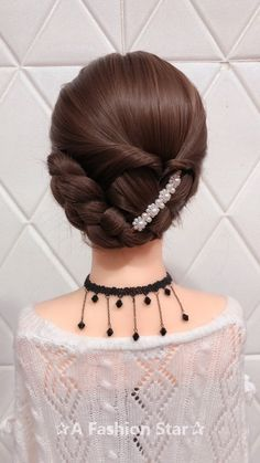 Are you looking for braid hairstyles for your hair? Congratulations, you will get it today. This article will show you 10 stylish braids hair ideas. # Braids hairstyles videos 10 Amazing Braid Hairstyles - Hairstyle For 2019 Box Braids Hairstyles, Wedding Hairstyles, Cool Hairstyles, Hairstyle For Long Hair, Hairstyles Videos, Hairstyle Look, Braid Styles, Short Hair Styles, Hair Upstyles