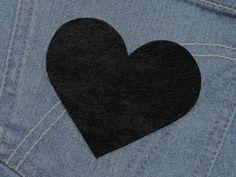 Herz  (Größe L) schwarz Bügelmotiv 85mm  von Silwarin auf DaWanda.com