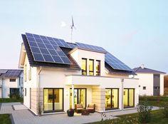 """Plusenergiehaus """"Avenio"""" von RENSCH-HAUS - Für Wind & Wetter"""