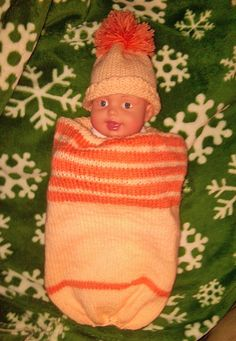 Free knitting patterns:  Thatcher's Cocoon in Preemie & Term sizes and Preemie Knitted Gown.