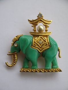 Vintage Green Elephant Howdah Brooch Unsigned by ToadSuckTreasures,