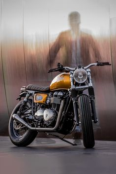 So much to love about this custom Triumph Thruxton from Down & Out Cafe Racers.