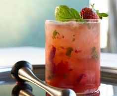 Skinny Strawberry Basil Smash Cocktail