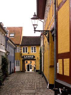 #Denmark (#Danmark)