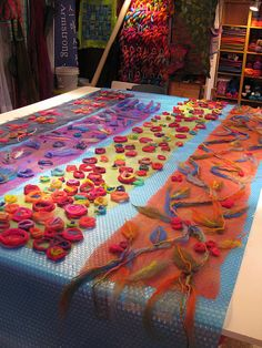Elizabeth Armstrong - materials set out for Scarf Class
