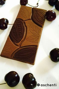 Breakfast of champion: fruits and healthy dark cacao bean to bar. Yummy! Visit fb.com/aschenti for more