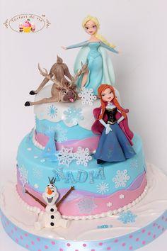 Tort Frozen pentru Nadia