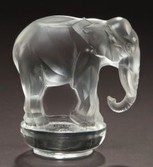R. LALIQUE CLEAR GLASS TOBY PAPERWEIGHT . Circa 1931.Stenciled: R. | Lot #62157 | Heritage Auctions