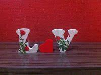 """Artesanatos Munck: Iniciais """"Rosas Vermelhas"""" com Coração"""