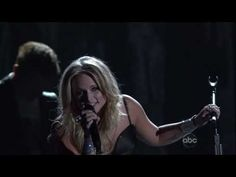 Miranda Lambert - That's the Way the World Goes 'Round(CMA Awards 2010)