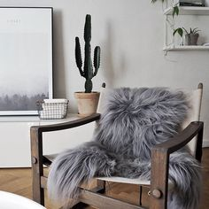 A COZY SWEDISH HOME | HOMESiCK