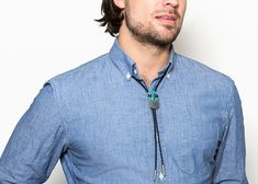 how to wear a bolo tie