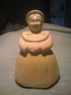 Vintage Shawnee Dutch Girl Cookie Jar $68.00 www.jazzejunque.com