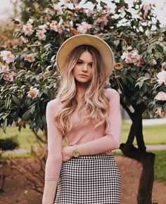 Summer Jumpsuits and Rompers, Spring Outfits, Pink sweater spring ootd. THE JOY OF J. Spring Summer Fashion, Autumn Winter Fashion, Spring Outfits, Spring Ootd, Spring Style, Modest Fashion, Fashion Outfits, Womens Fashion, Fashion Trends