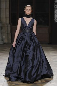 Diogo Miranda pinta de preto, azul e branco o próximo inverno