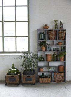 1000 images about muebles cajas de madera fruta on - Caja herramientas con ruedas ...
