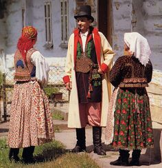 FolkCostume: Costume of western Krakow region
