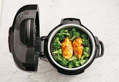 Teriyaki Chicken, Broccoli & Rice is easy to make using your favorite Ninja® appliances. Discover delicious and inspiring recipes from Ninja® for every meal. Ninja Recipes, Rice Recipes, Chicken Recipes, Cooking Recipes, Crockpot Recipes, Blender Recipes, Crockpot Dishes, Copycat Recipes, Salad Recipes