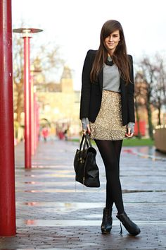 Forget the clothes...who does her hair?! great longer black blazer and black tights ensemble