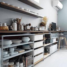Home Organization Kitchen Cabinets 65 Best Ideas Home Kitchens, Kitchen Design, Kitchen Inspirations, Kitchen Decor, Kitchen Interior, Kitchen Cabinet Storage, Kitchen Style, Modern Outdoor Kitchen, Open Kitchen Cabinets
