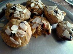 Zdravé muffiny plné ovocia