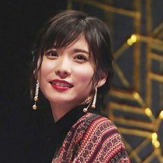 いいね!56件、コメント1件 ― @mayu_matsuokaのInstagramアカウント: 「美しい 顔のりんかくが 綺麗すぎ #松岡茉優 #顔 #フェイス #肌 #輪郭 #きれい #美しい#mayumatsuoka」