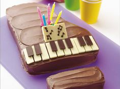 Piano Cake How-To