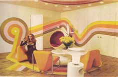 Super graphics for your wall - YES!! gold country girls: Colorful 70's Interiors