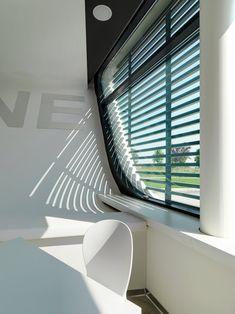 Gazoline Petrol Station by Damilano Studio Architects 04 - MyHouseIdea Contemporary Windows, Built In Microwave, Roof Plan, Window Design, Panel, Office Decor, Architecture Design, Furniture Design, Home Appliances