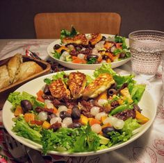 Monenkirjava salaatti