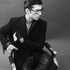 """"""" It not what you look at that matters it's what you see """"  Lloyd Klein Los Angeles Menswear"""