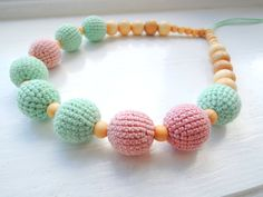 FREE SHIPPING Dusty Pink & Mint Crochet Nursing Necklace Eco-friendly jewellry Nursing teething necklace Breastfeeding Necklace