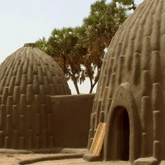 Musgum earth architecture ~ The domed huts of the musgum people are built in shaped mud, a variant of cob. Cob building is the most widely used technique in the world, since no tools are needed - hands, earth and water are enough. Vernacular Architecture, Organic Architecture, Amazing Architecture, Architecture Design, Minimalist Architecture, Residential Architecture, Contemporary Architecture, Architecture Organique, Cob Building
