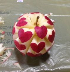 Apple Of Love... If I'm bored out of my mind one day and don't mind wasting an apple...