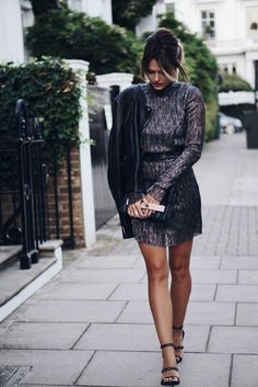 Caroline Receveur stuns in shimmering mini dress. Party Fashion, Fashion 2017, Fashion News, Fashion Styles, Street Chic, Street Style, Alexander Mcqueen, Skirt Fashion, Fashion Outfits