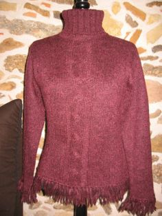 Pull prune franges fantaisies et col roulé http://videdressingdetrendyplum.over-blog.com/