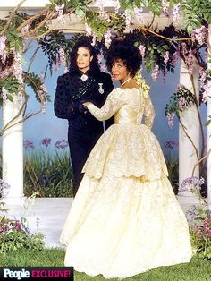The Elizabeth Taylor AIDS Foundation released photos of the star and her wedding host