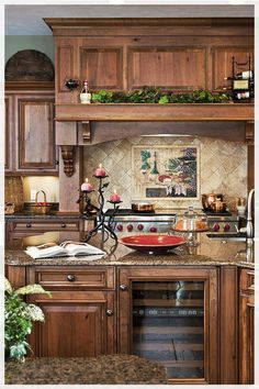 Tuscan style – Mediterranean Home Decor Rustic Kitchen Design, Country Kitchen, New Kitchen, Kitchen Decor, Kitchen Ideas, Awesome Kitchen, Rustic Design, Kitchen Designs, Kitchen Countertops