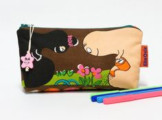 Barbapapa Pencil Pouch - kids pencil case - zippered pouch - retro - cosmetic bag - pinned by pin4etsy.com