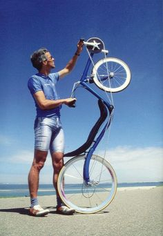 Two wheel recumbents can be stored and carried in an elevator more easily than three wheels recumbents. However some people feel unsecure riding two wheel race recumbents because they can not use their own weight to maneuver at low speeds, as in an upright bicycle.