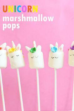 how to make unicorn marshmallow pops, fun unicorn food idea! #unicornfood #marshmallows