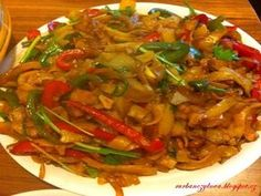Russian Recipes, Ratatouille, Japchae, Thai Red Curry, Food To Make, Grilling, Easy Meals, Food And Drink, Diet