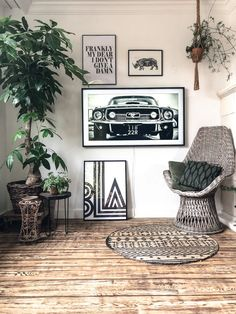 Gallery Wall Frames, Frames On Wall, Tv Nook, Framed Tv, Samsung, Cute Kitchen, Living Room Tv, Interior Design, Home Decor