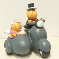 Figura de novios para el pastel #noviospastel #figuranovios #bodas #wedding #casament #papelypapel #invitacionesonline